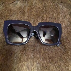 Gently Worm - Fendi Sunglasses in Dark Blue